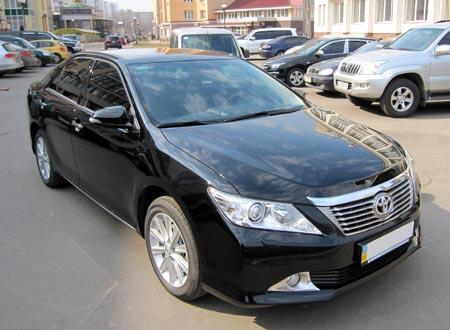 стоимость аренды Toyota Camry 2012 Lux