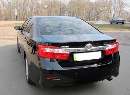 Toyota Camry 2012 Lux напрокат